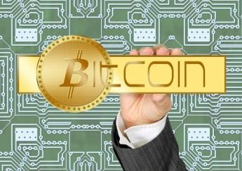 bitcoin-495996_1920-594x420