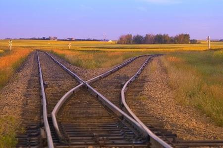 Folk-in-train-tracks