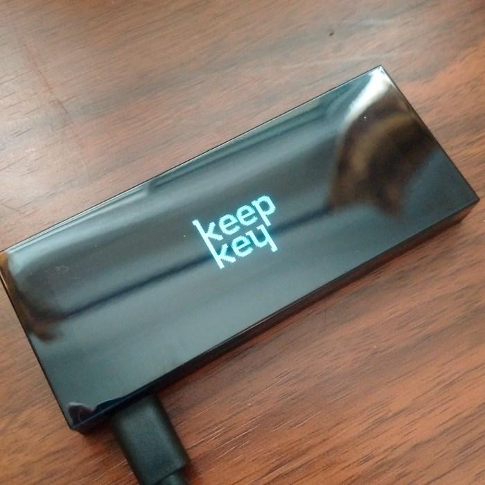 keepkey-hardware-wallet-bitnovosti-07