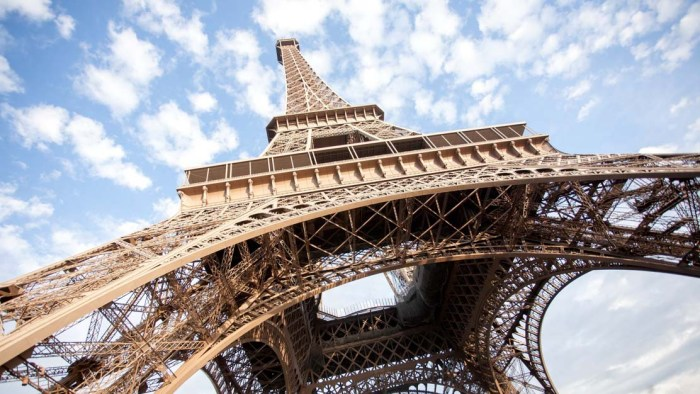 paris-Eiffel-Tower-1112x630.jpg